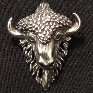 Jewelry - Buffalo sterling silver pendant
